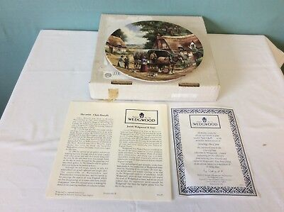WEDGWOOD COUNTRY DAYS 'THE TINKER' COLLECTOR'S PLATE WITH CERTIFICATE (ref 17)