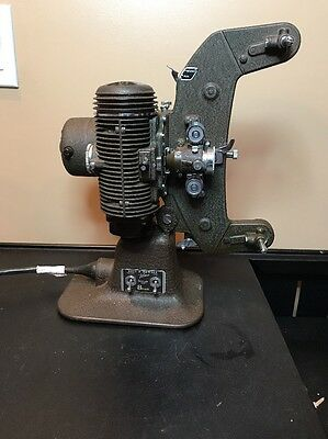 Vintage 8Mm Bell And Howell Projector..Filmo-master Model Number 400