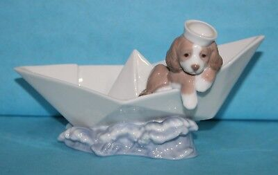 LLADRO #6642 Little Stowaway Dog Sailing in Origami Paper Boat NO Box