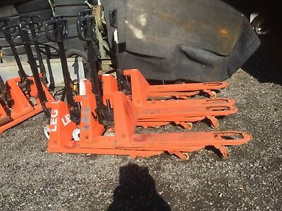 Used pallet trucks / good working condition