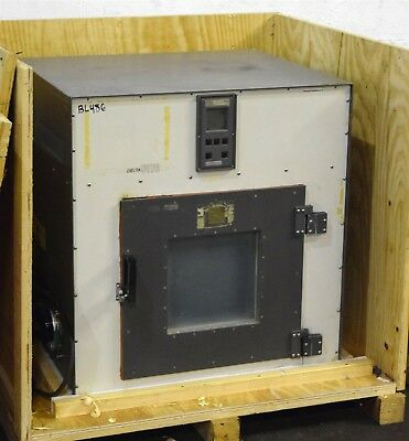 Delta Design #9076 Thermal Test Chamber