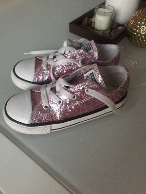 692d85d3c199 CONVERSE ALL STAR Ox Glitter Pink Infant Size 6   22 Toddler Girls ...