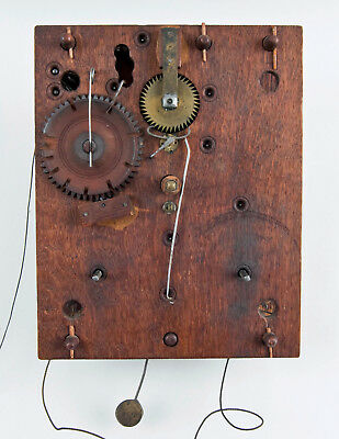 Eli Terry woodworks clock movement only @ 1820s Original Excellent
