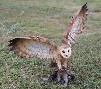 BARN OWL ON STUMP WINGS OUT  - Realistic Life Like Figurine Statue Home/Garden