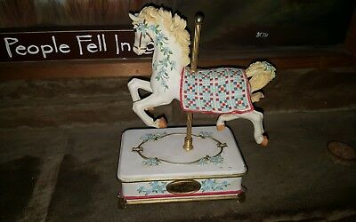 SAN FRANCISCO MUSIC BOX LIMITED ED~nine patch~0299 QUILTED PONIES CAROUSEL HORSE