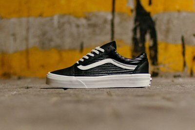 c031af9ab7a VANS OLD SKOOL Moto Leather Black White Men s Shoes 9 -  59.00 ...