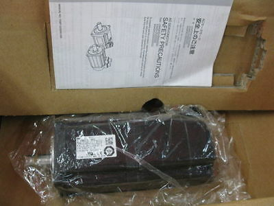 Yaskawa Servo motor SGM-04A312 NEW*via DHL or EMS