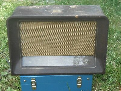 Old valve radio. shed find Possibility it works. Project for a collector.