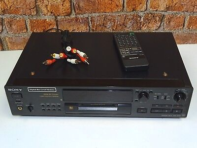 Sony MDS-JB920QS QS Range MiniDisc Recorder & Player + Remote Control & Cables