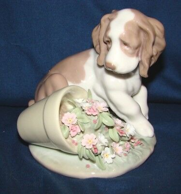 Lladro Collectors Society 7672 It Wasn't Me Figurine Dog w/ Flower Pot
