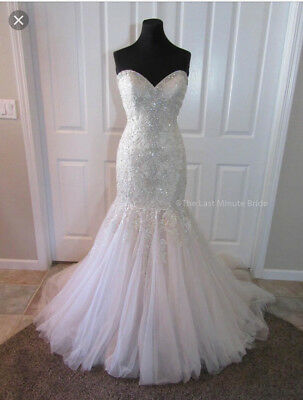 **newlywed Wedding Dress Starter Pack..comes With Veil, Tiara, Shoes And Sache!!