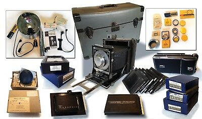 1947 Pacemaker Speed Graphic Camera with Case Full of Equipment