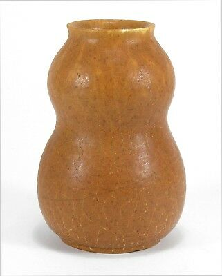 Grueby Pottery matte ochre butterscotch double gourd vase Arts & Crafts