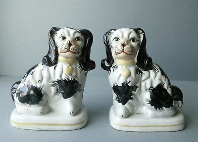 Staffordshire Pottery Style. Pair of Dogs.