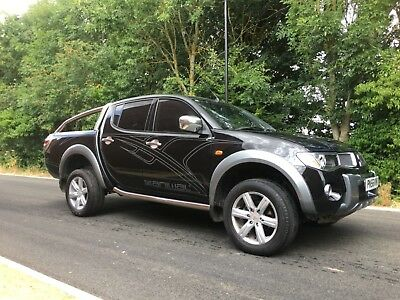Mitsubishi L200 - TOP SPEC - ANIMAL EDITION - FSH - IMMACULATE  - BEST IN UK ***