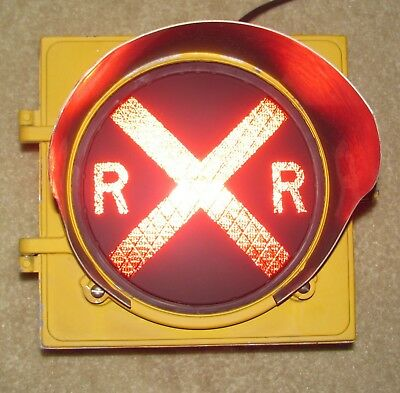 "8"" RAILROAD CROSSING Traffic Signal Light Red LED Cap visor (CB)"
