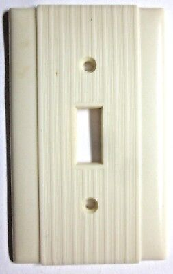 1 Vintage Uniline Switch Wall Plate Cover Ribbed Lines Beige Bakelite Art Deco