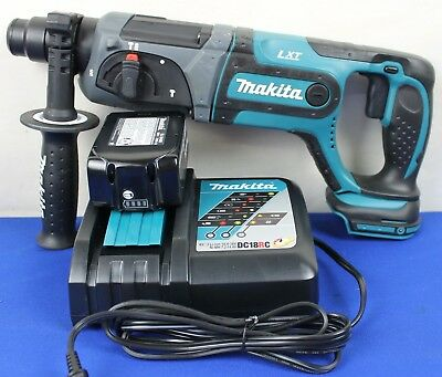 Makita XRH04 18V LXT Lithium-Ion Cordless 7/8-Inch Rotary Hammer Kit