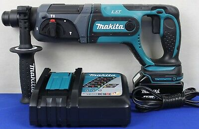 Makita XRH04 18V LXT Lithium-Ion Cordless 7/8-Inch Rotary Hammer Kit NEW