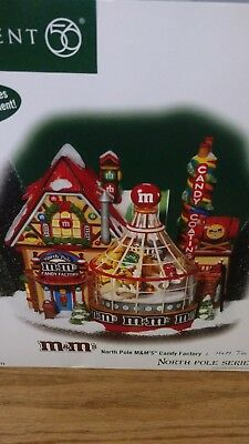Department 56 NP M&M Candy Factory & tree