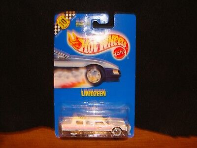 1990 Blue Card Limozeen White and Pink #112 Hot Wheels New in Package