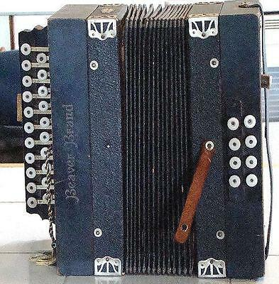 Circa 1906 Beaver Brand Made In Germany Two Row Diatonic Button Accordion Lyre