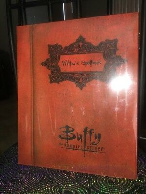 Buffy The Vampire Slayer Willows Spellbook 3 Pack Action Figures