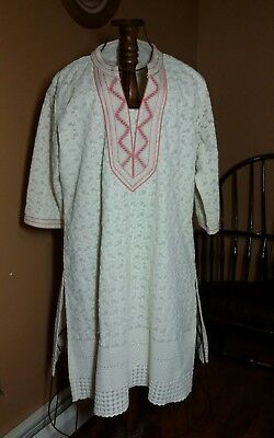 Size XL Lined Ornately Embroidered Lined Kurta Tunic Ivory And Pink Trim, Beaded