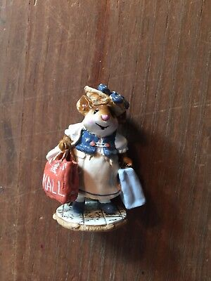 Wee forest folk Mall Mom Figurine