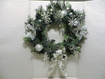 18 Inch CHRISTMAS HOLIDAY PINE WREATH; Silver Ribbons; White and Pearl Ornaments