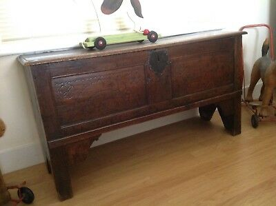 Antique coffer.old oak chest.country house.oak storage blanket box,coffer.