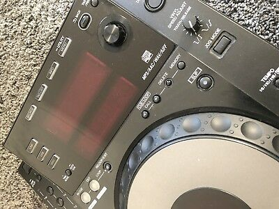 1 Pioneer CDJ-900 Black - Excellent Working Condition - perfect condition