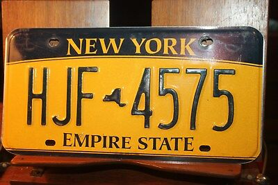 2010 New York Empire State License Plate HJF 4575