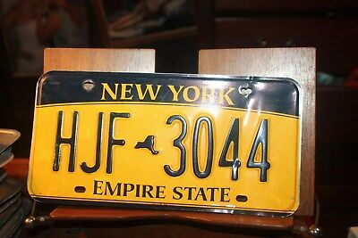 2010 New York Empire State License Plate HJF 3044 BENT