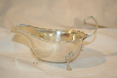Solid silver sauce boat hallmarked Sheffield 1960