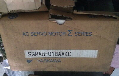 Yaskawa servo motor SGMAH-01BAA4C NEW IN BOX !! via DHL or EMS
