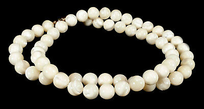 "Lustrous Vintage Mop Mother Of Pearl Shell 9 Mm Beads 24 1/4"" Necklace 78.8 G"