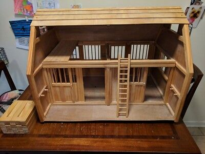 Breyer Wooden Horse Barn - Large, with Corral and One Horse