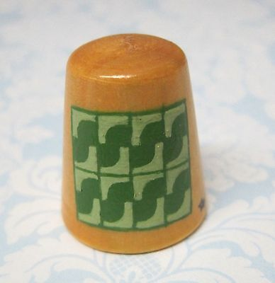 Hand Painted Signed Numbered Thimble  Drunkard's Path Quilting Block Pattern M7