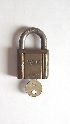Vtg Yale Brass Padlock with Key, Old, Small Working Lock - Collect, Use, Antique