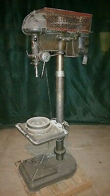 Original Walker Turner 20 in Drill Press 1 phase single vintage floor