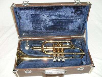 Holton Cornet with case and mouthpiece   needs work