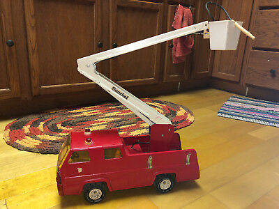 Vintage 1970's Tonka Red Fire Truck Good Condition