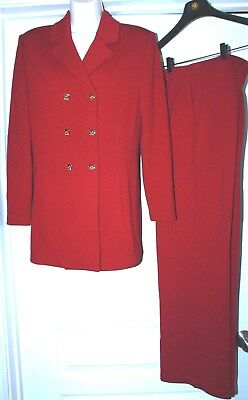 St JOHN Collection by Marie Gray DARK RED Knit PANT SUIT Gold Buttons  Size 6.