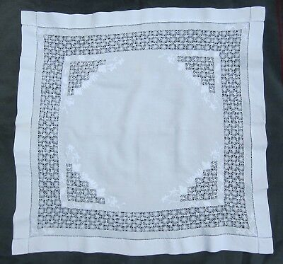 """Arts & Crafts White work embroidery & drawn thread lace tablecloth 33"""" square"""