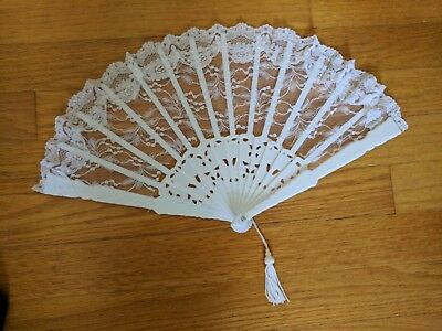 """9"""" White Lace Folding Hand Fan - Victoria Lynn Collection"""