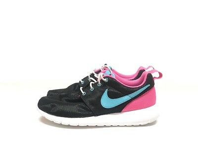 56a437401176 NIKE GIRLS ROSHE Run (GS) 599729-400 Youth Size 7Y Blue Pink WMNS ...