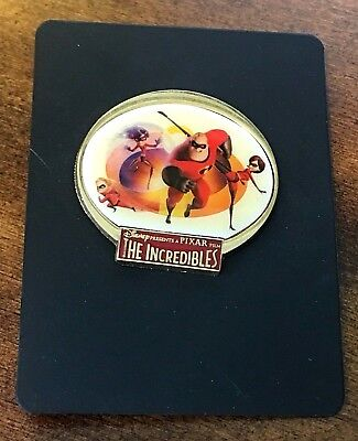 New on card! Disney Pixar the Incredibles Pin w/ Bob Helen Dash & Violet