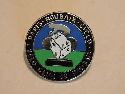 Insigne Badge Paris-Roubaix-Cyclo  Velo Club De Roubaix