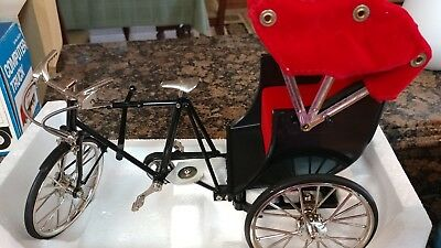 Collectible Miniature 3 Wheel Rickshaw Pedicab 1:10 scale Metal Diecast Bike